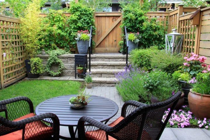 Bien choisir ses bordures de jardin: le guide